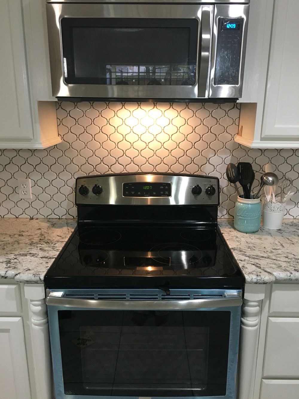 Moroccan Tile Backsplash From Lowes Alaska White Granite