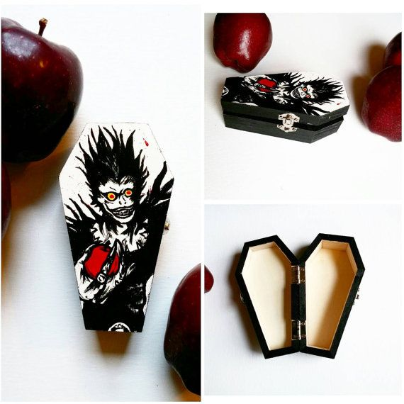 Check out this item in my Etsy shop https://www.etsy.com/listing/260878879/ryuk-trinket-box