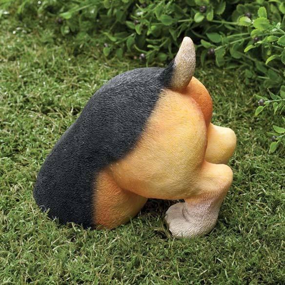 Funny Gag Gift Cute Dog Doggy Puppy Beagle Digging In Yard Garden Lawn Decor Statue Sculpture