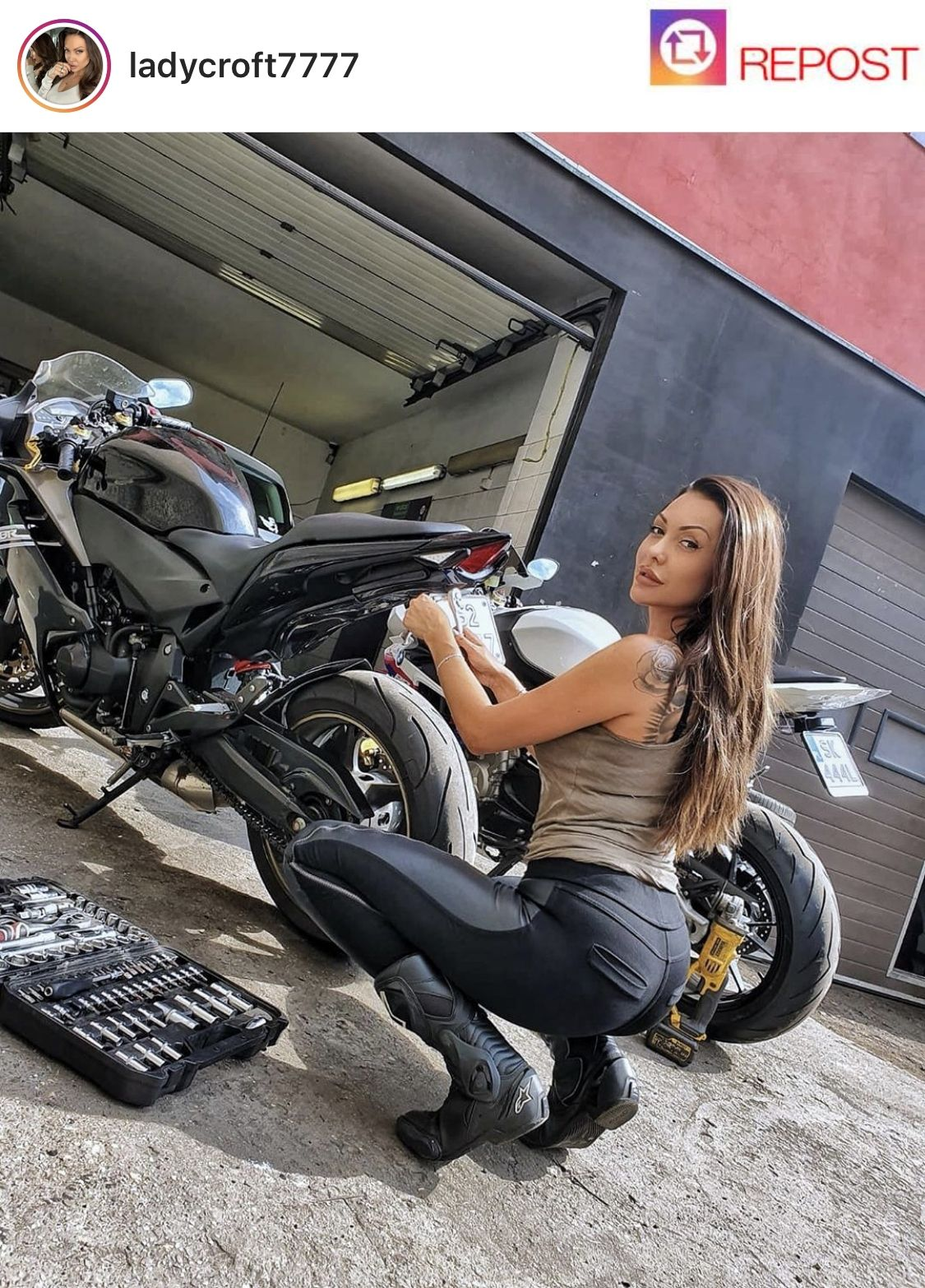Pin On Sexy Motorcycle Girls