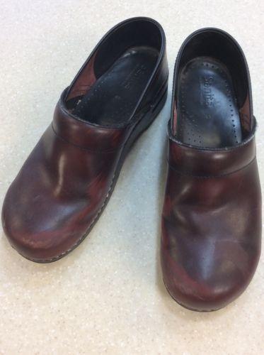 Sanita Shoes 43 (clogs dansko nursing)-well worn