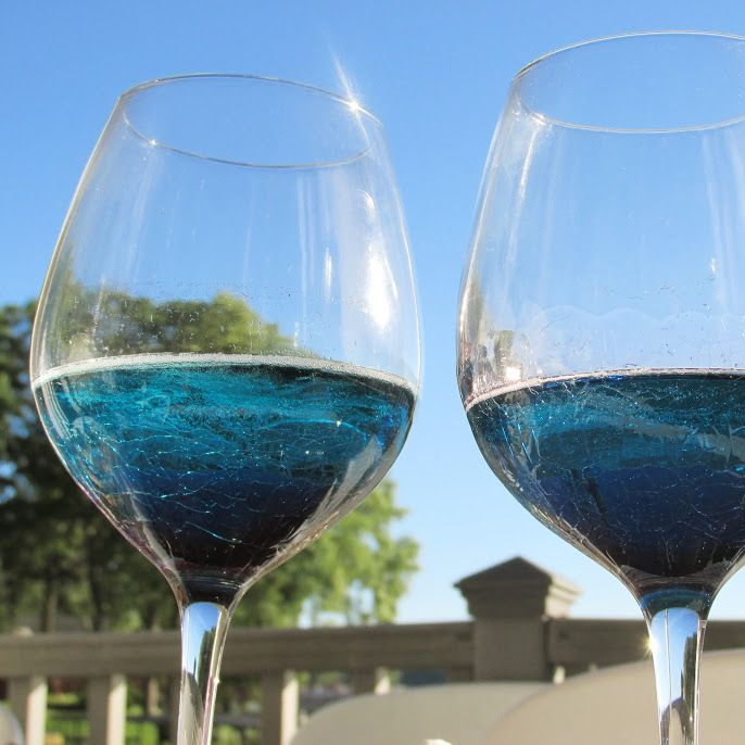 Nothing like some chilled Fratelli Saraceni #Blumond to cool you down…