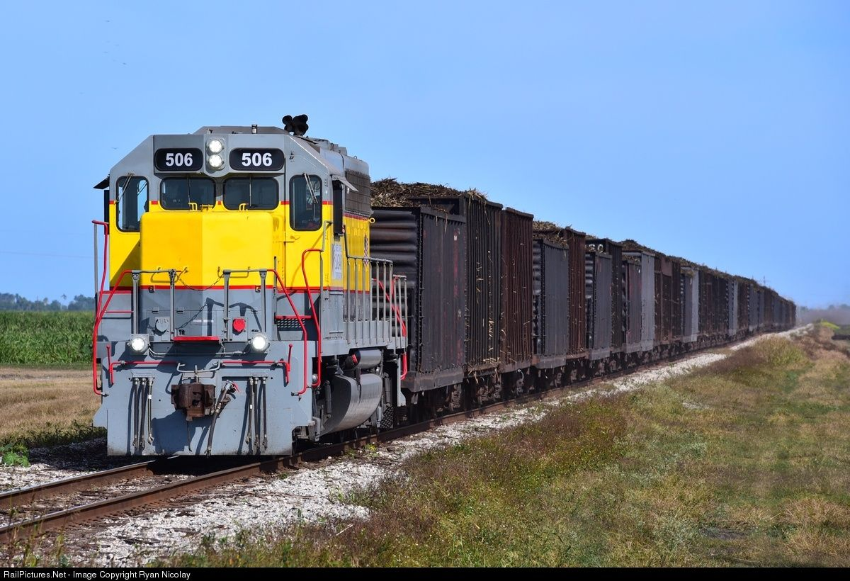 Ussc 506 united states sugar corp railroad emd gp40 2 at pahokee florida