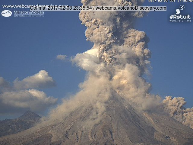 Colima volcano (Mexico), activity update: strong vulcanian explosion on Friday, overall decreasing activity