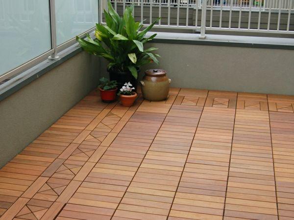 terrasse und balkon holzfliesen ideen und andere bodenbel ge pinterest holzfliesen. Black Bedroom Furniture Sets. Home Design Ideas