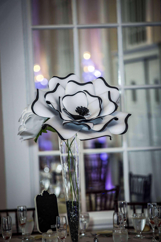 Custom Paper Flower Centerpiece Giant Paper Flower Large Paper Flower Centerpiece Paper Flower Table Decor Paper Flower Centerpieces Wedding Flower Centerpieces Giant Paper Flowers