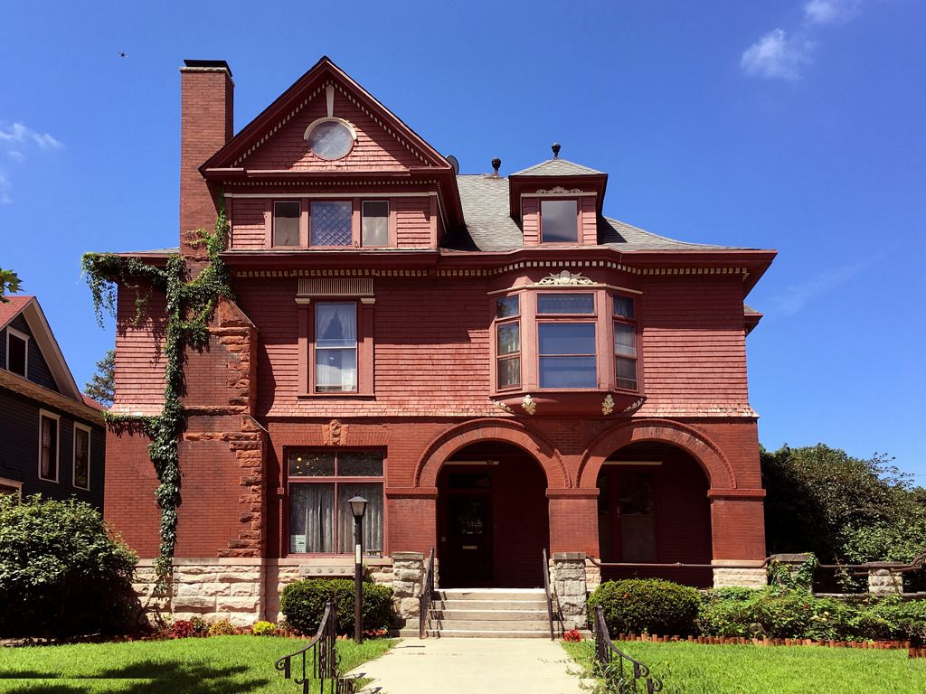 Maier Aten House Terre Haute Indiana Victorian Homes Shingle House Old Victorian Homes
