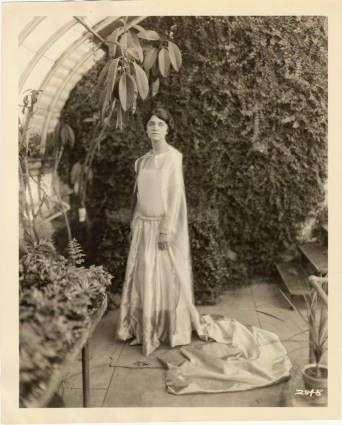 May Queen 1923 :: Archives & Special Collections Digital