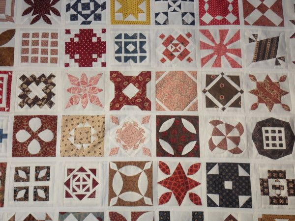 close-up of a dear jane quilt, from the croixpatch74 blog