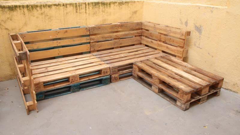 Cómo hacer un sofá de palets para la terraza | Móveis feito de pallet,  Itens de decoração para casa, Sofá de paletes