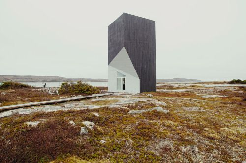 Architecture we like / House on the Cliffs / Minimal / Cut Cube / at Mysteries of Fogo Island Julien Pelletier