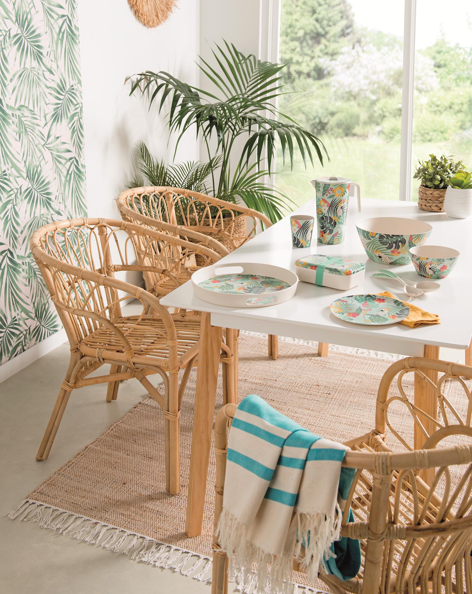 Ambiance Jungle Tropicale La Foir Fouille En 2020 Deco Jungle Magasin Decoration Decoration Moderne