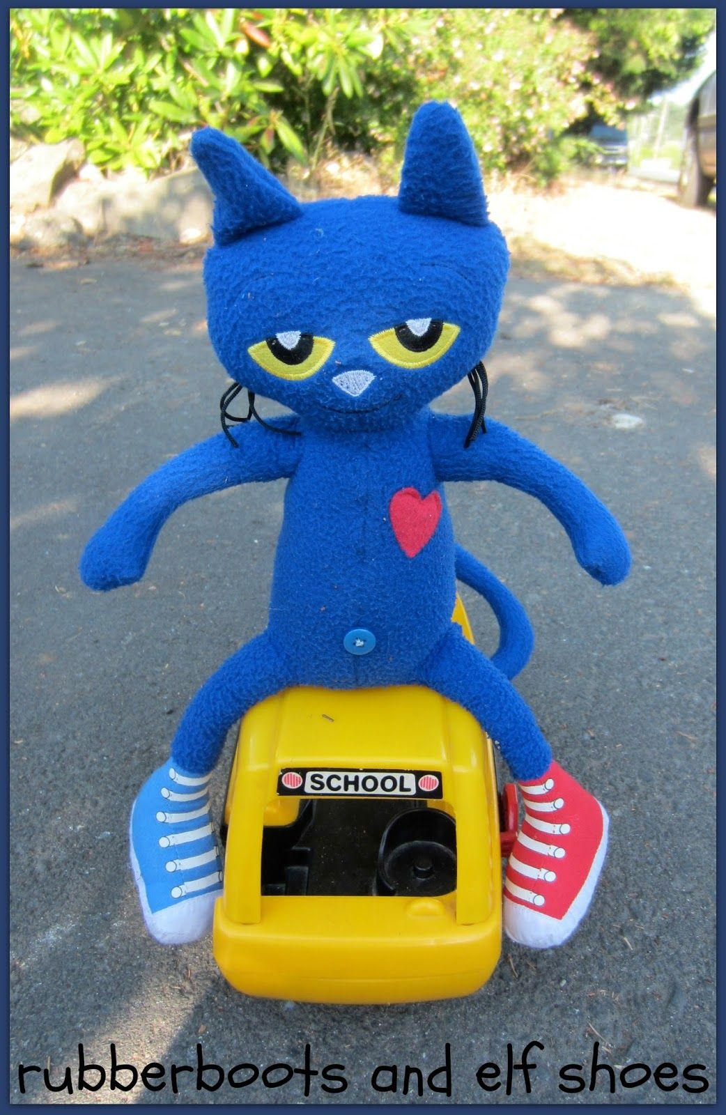 rubberboots and elf shoes Pete the Cat and his Wheels on