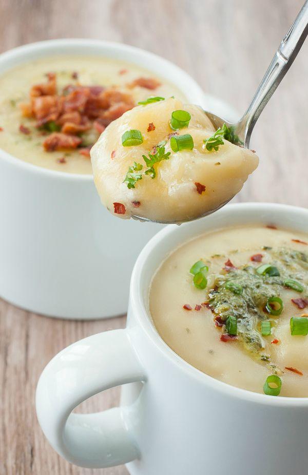 Pesto Kartoffelsuppe Für diese sahnigcremige PestoKartoffelsuppe wird keine Sahne benötigt Sie sind leicht und glutenfrei und können sich ein wenig von Ihr...