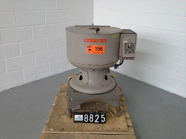 International Equipment Company Iec Model K Centrifuge 3 4 Hp Sku Pt8825 Ebay Centrifuge Steel Cabinet Machine Design