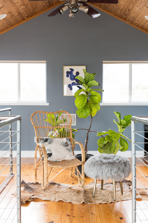 Part Modern Loft Part 1960s Ranch This Surprisingly Works Hunker Modern Loft Interior Design Design