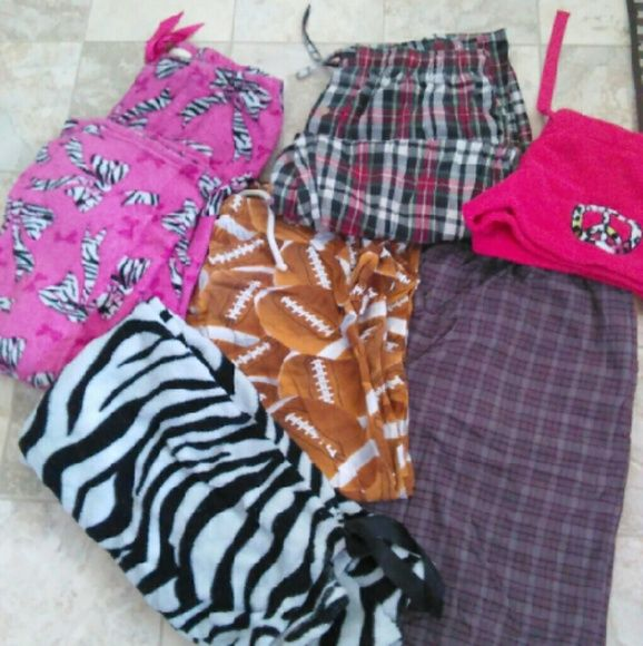 Assorted pajamas Girls & men's pajamas Size's medium large and xlarge. $6 for all or $1 for each Pants
