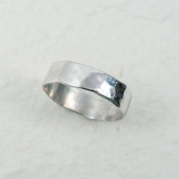 14k White Gold Hammered Wedding Band Gr 9303 Unisex Wedding Etsy Hammered Wedding Bands White Gold Rings White Gold Wedding Rings