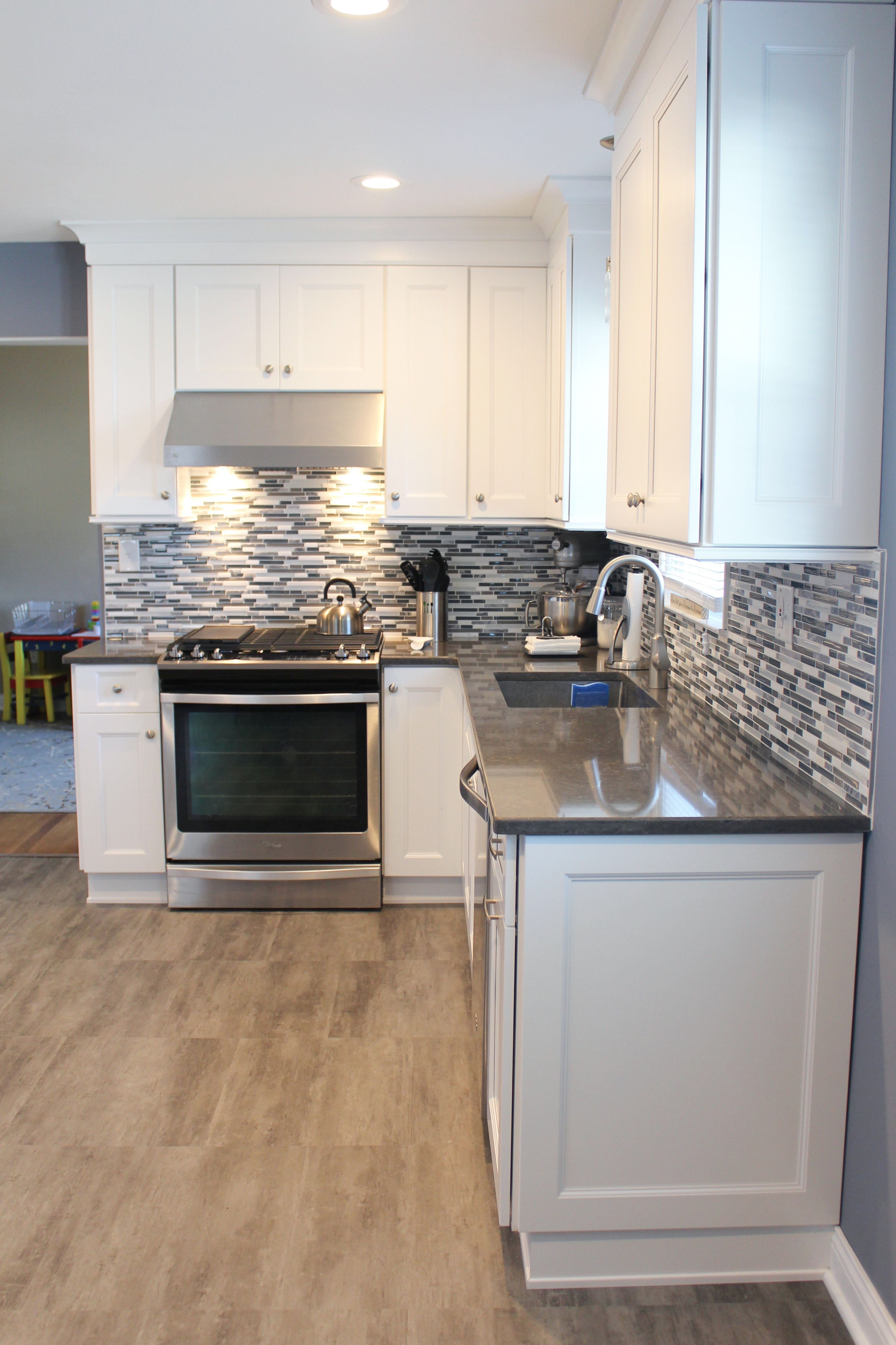 Pin On Kitchen Designs Heart Of The Home Kitchens