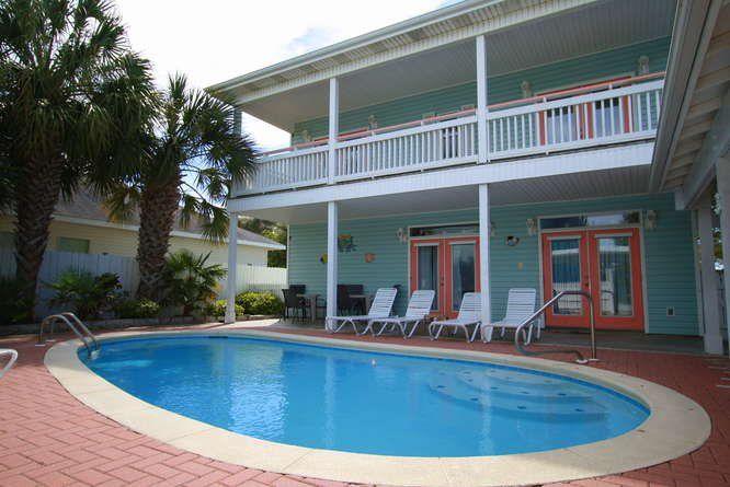 Largo Mar-Private Pool-Free Wi-Fi-Carriage House  Florida