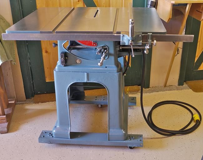 Walker Turner Co Inc Table Saw Patent No 2008673