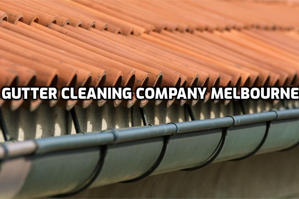 Roof Gutter Cleaning Melbourne With Images Cleaning Gutters Diy Gutters Gutter