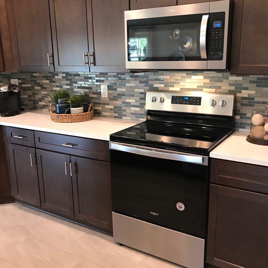 Kb Home Design Trend Subway Tile In 2020 Log Home Kitchens Kitchen Design Kitchen Style