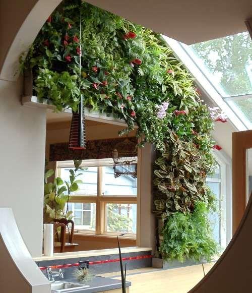 gr ner garten im innenraum 10 erstaunliche beispiele pflanzen und deko. Black Bedroom Furniture Sets. Home Design Ideas