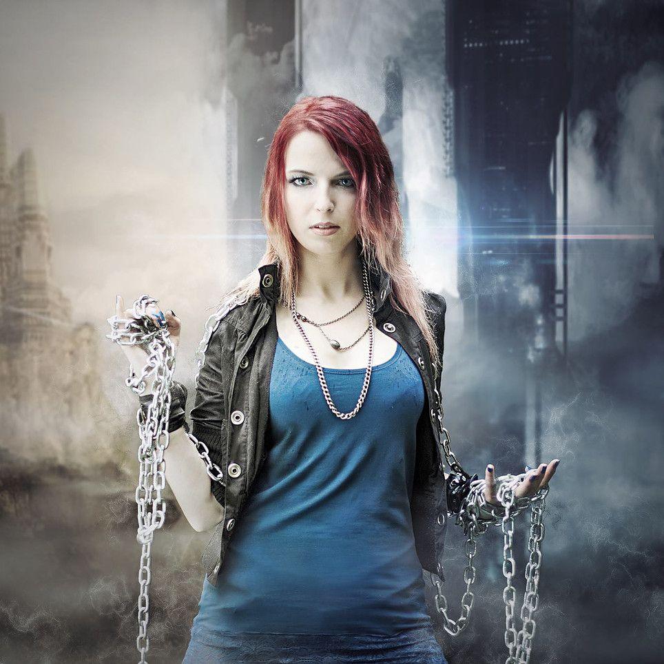 Redhead girl singer