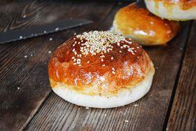 Bakeaholic Mama: Make your Own Hamburger/Bulky Rolls