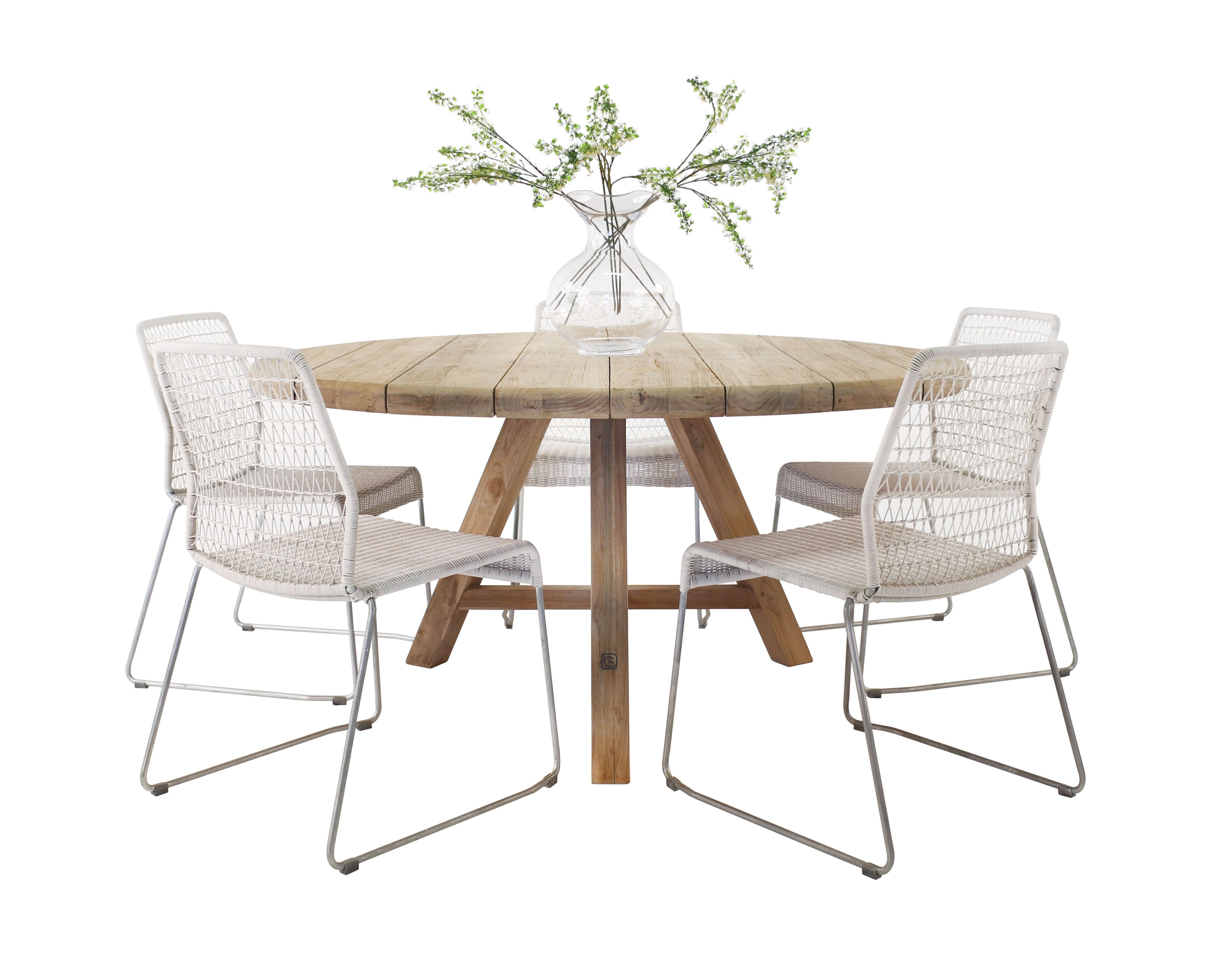 This Lovely And Calming Dining Set Features The Edge White Wicker