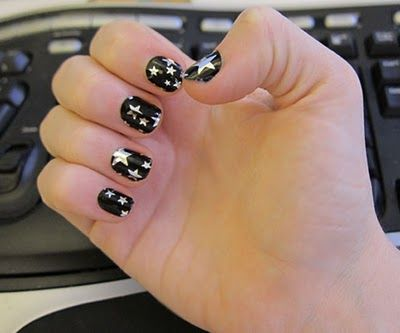 Pin By Amy Tylutki On Stars Stars And More Stars Star Nail Art Halloween Nails Nail Art Designs