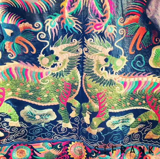 Chinese textiles #dragon #feisty