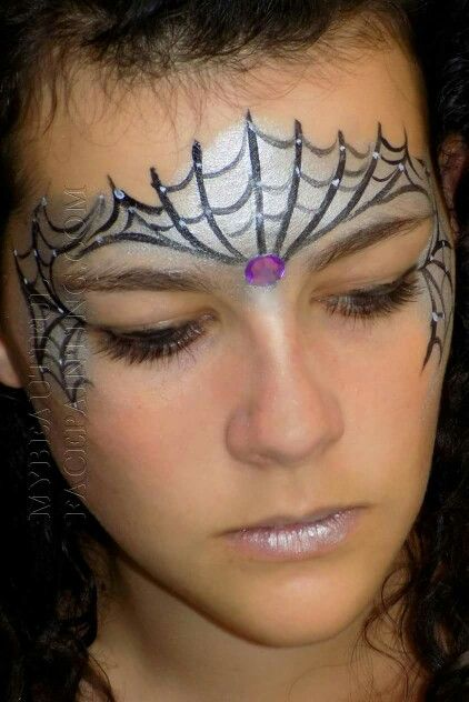 Spider Web Crown Face Paint Love Using Silver Mehron Powder For A Sparkley Base Spider Face Painting Face Painting Halloween Halloween Costumes Makeup