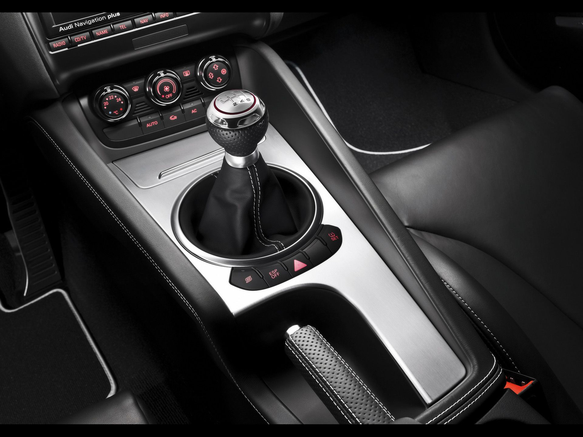2009 Audi Tt Rs Coupe Console 1920x1440 Wallpaper