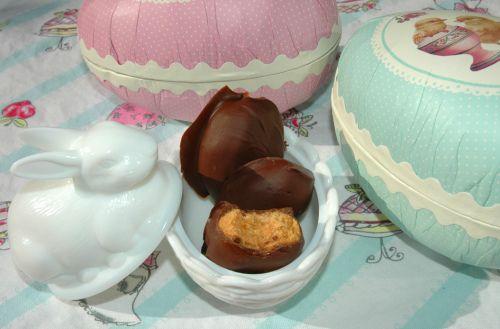 Sunnere Vegan Peanutbutter Eggs! (thevanillamonologues)