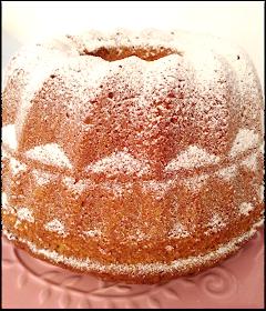 Es gibt so Rezepte, die scheinen direkt aus dem (Kuchen)Himmel zu kommen, so lecker klingen sie und so toll sieht das auf wunderschönen Fot...