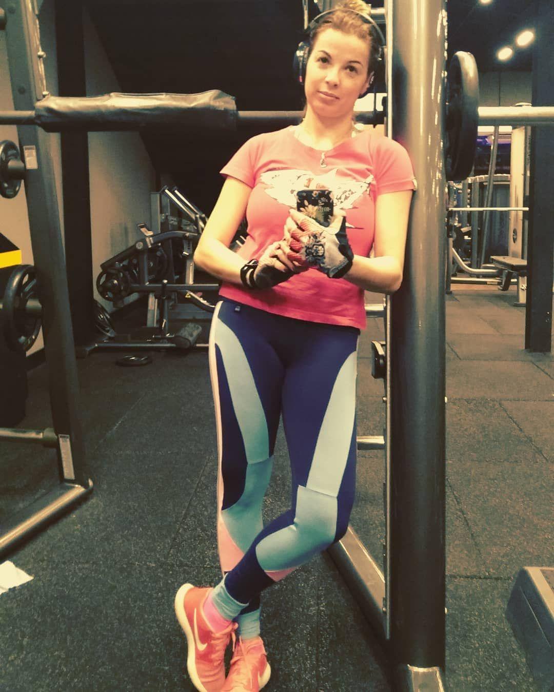 Seguindo sonhando com uma barriga chapada 😈 #fitness #funny #vibepositiva #livinglife #selfie #prett...