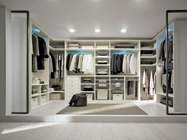 Begehbarer kleiderschrank luxus  begehbarer Kleiderschrank in Weiß | Haus | Pinterest | Begehbarer ...