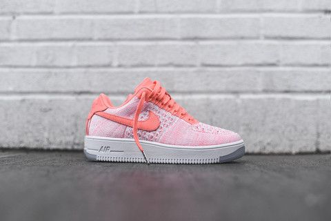 premium selection e39cb 64577 Nike WMNS Air Force 1 Flyknit Low - Atomic Pink