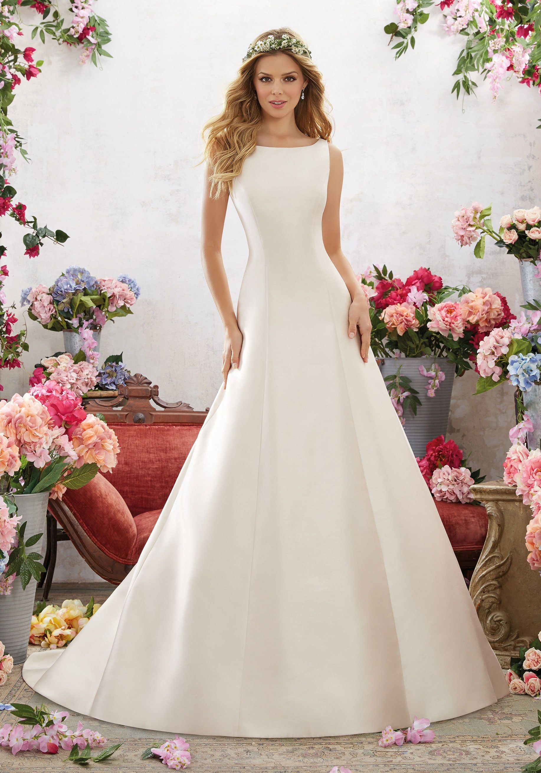 Wedding Dresses Under 1 000 Affordable Inexpensive Gowns Brides