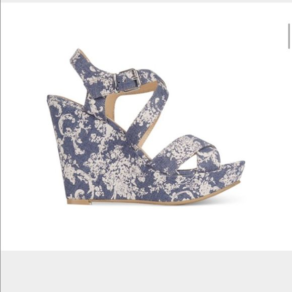 """NWTAmerican Rag Rachey Platform Wedge Sandals ✨New with tags, wrapping and box! Textile straps. 4.5"""" wedge. American Rag Shoes Sandals"""