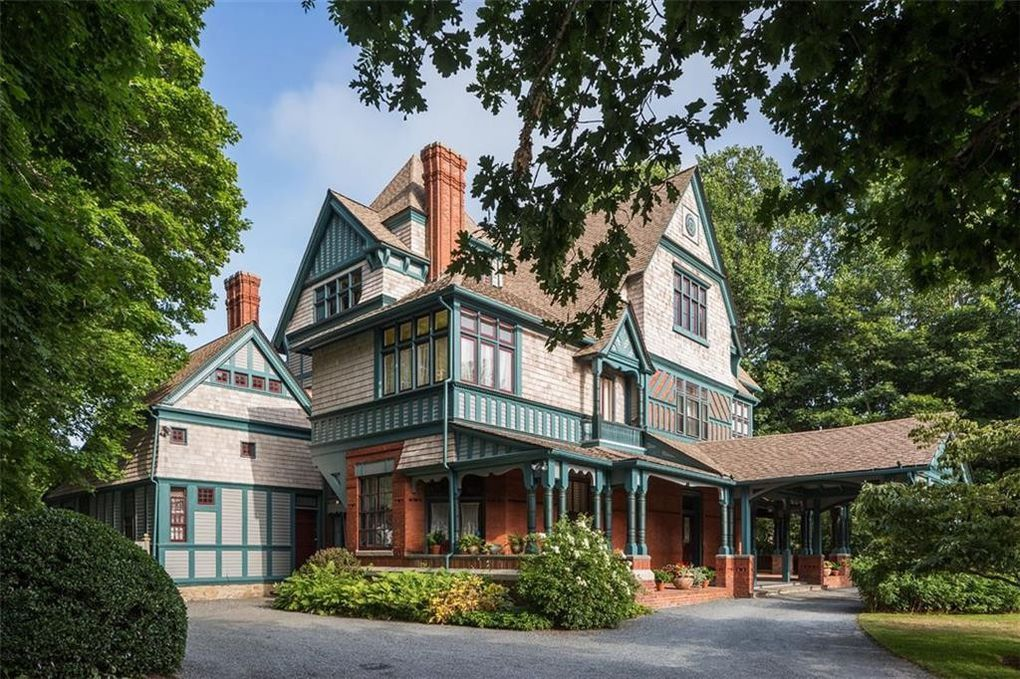 328 Bellevue Ave Newport Ri 02840 Renting A House Victorian Architecture House Styles