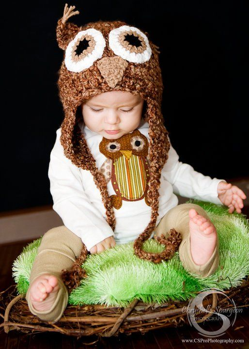 omg people that knit or crochet need to make me one when the time comes! adorable!!!!!