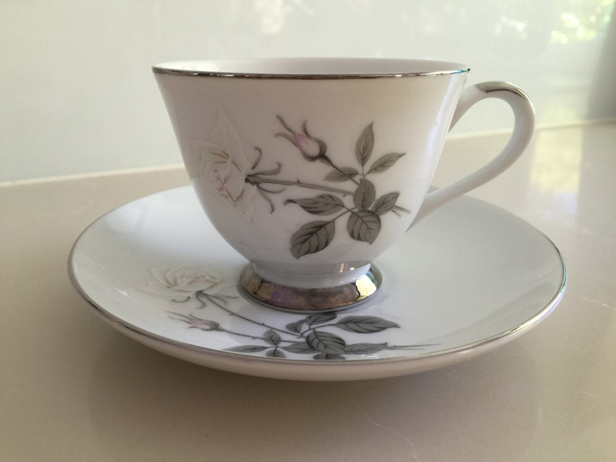 Yamato Fine China duos cup and saucer rose decoration - white & pink ...