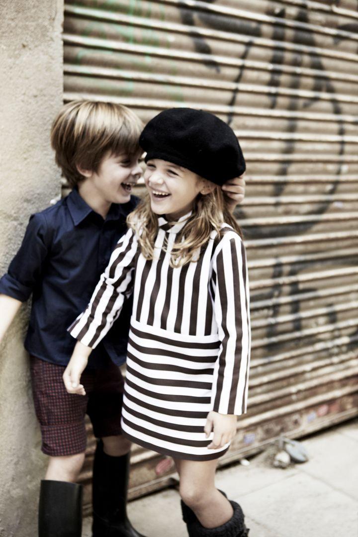 Camisa y bermuda cuadros niño y vestido rayas marrón de pepitobychus.  Síguenos en facebook www.facebook.com/pepitobychus