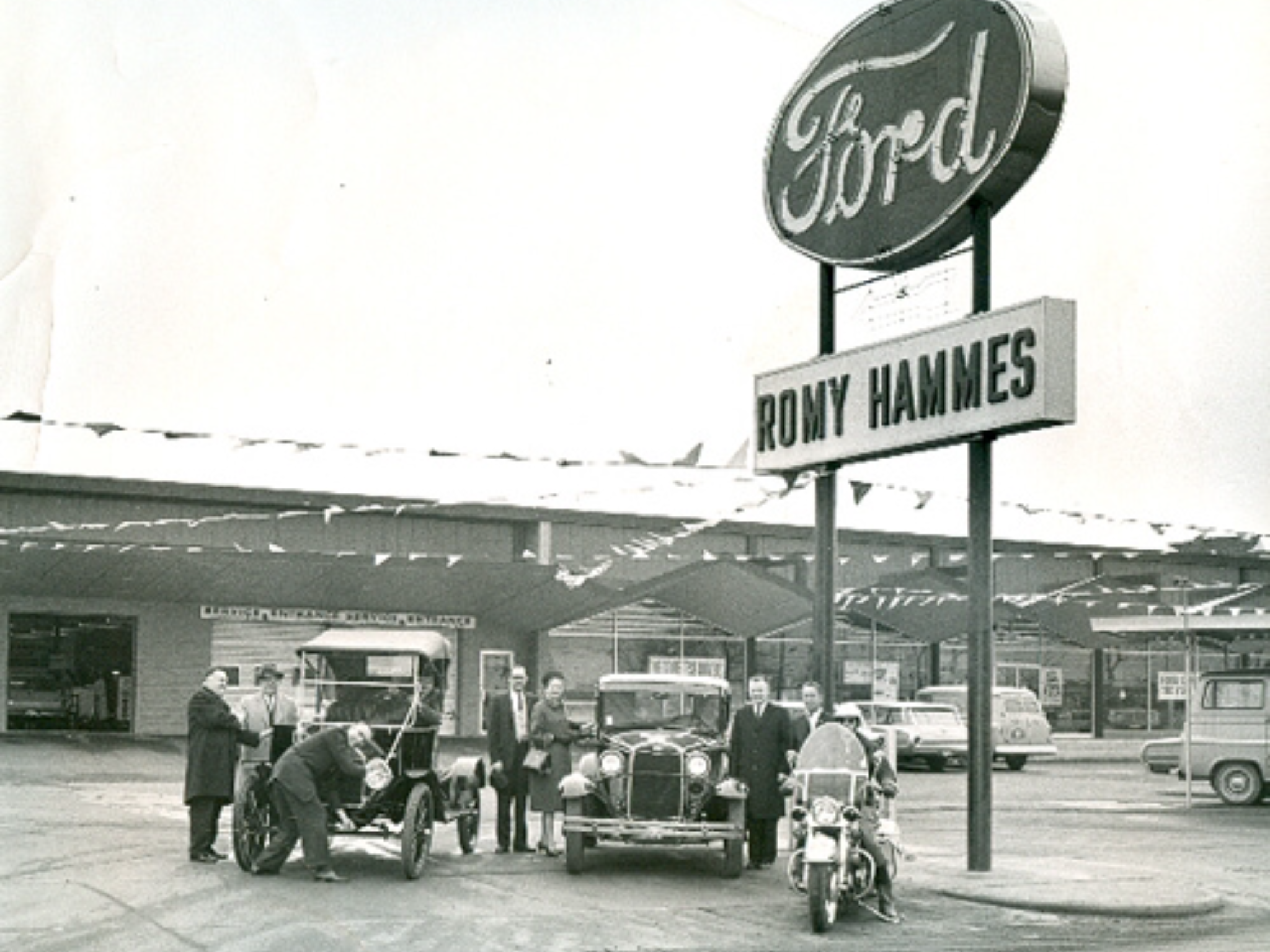 1960 S Romy Hammes Ford Dealership South Bend Indiana South