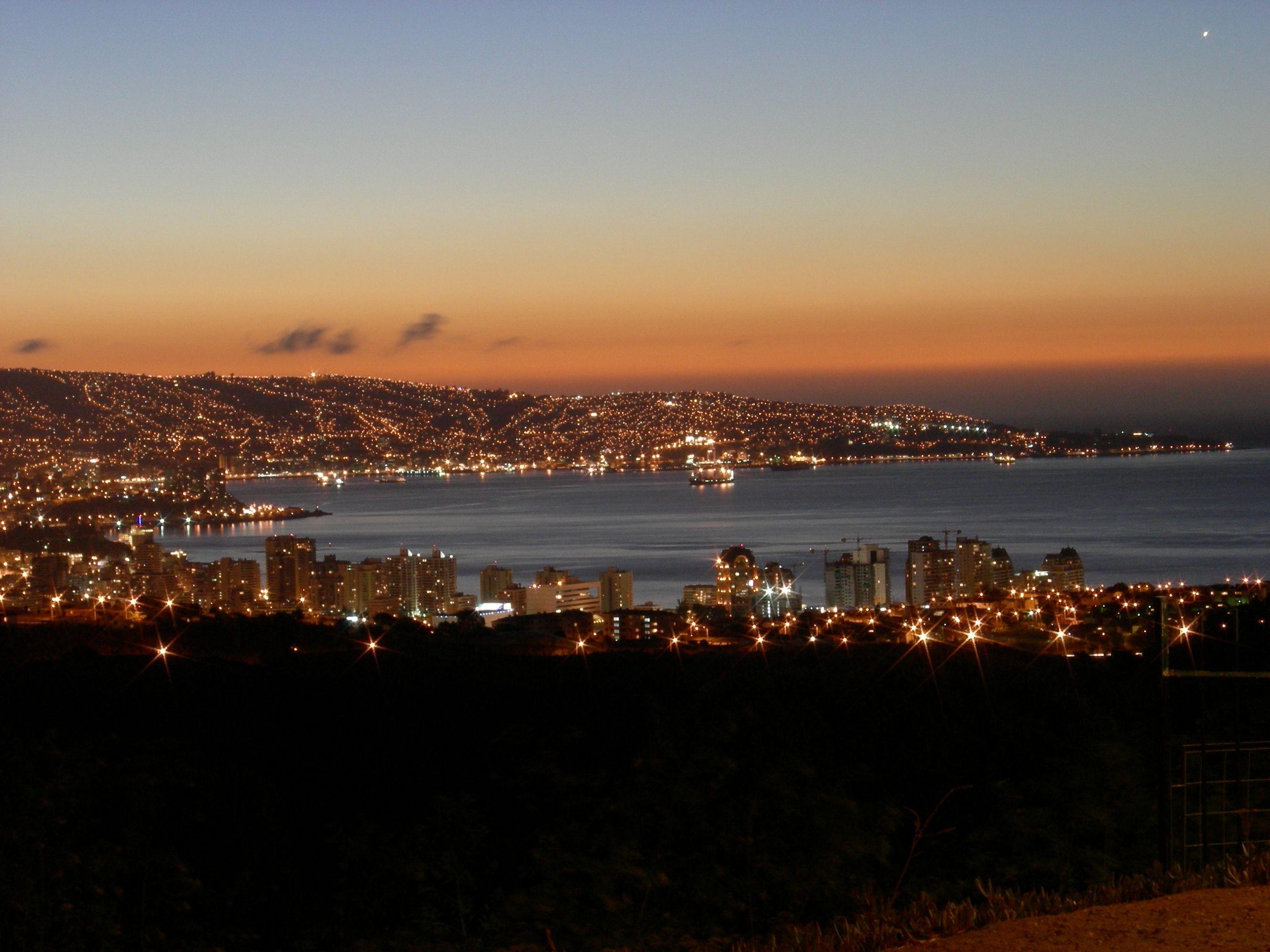 Vi 241 A De Noche Ciudades Noche Hermosa