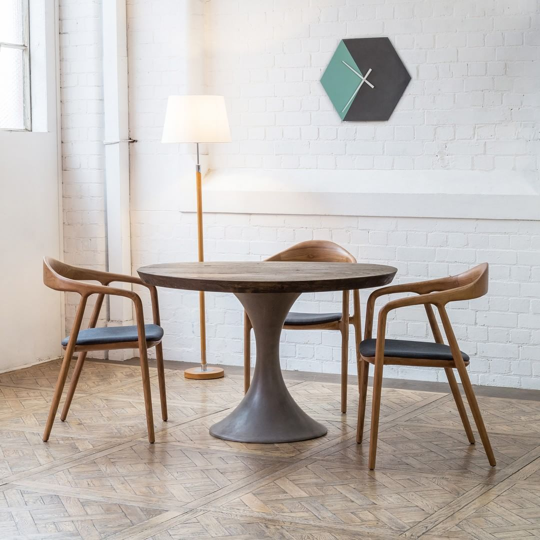 Pollino Concrete Base Table Schots Tables And Chairs