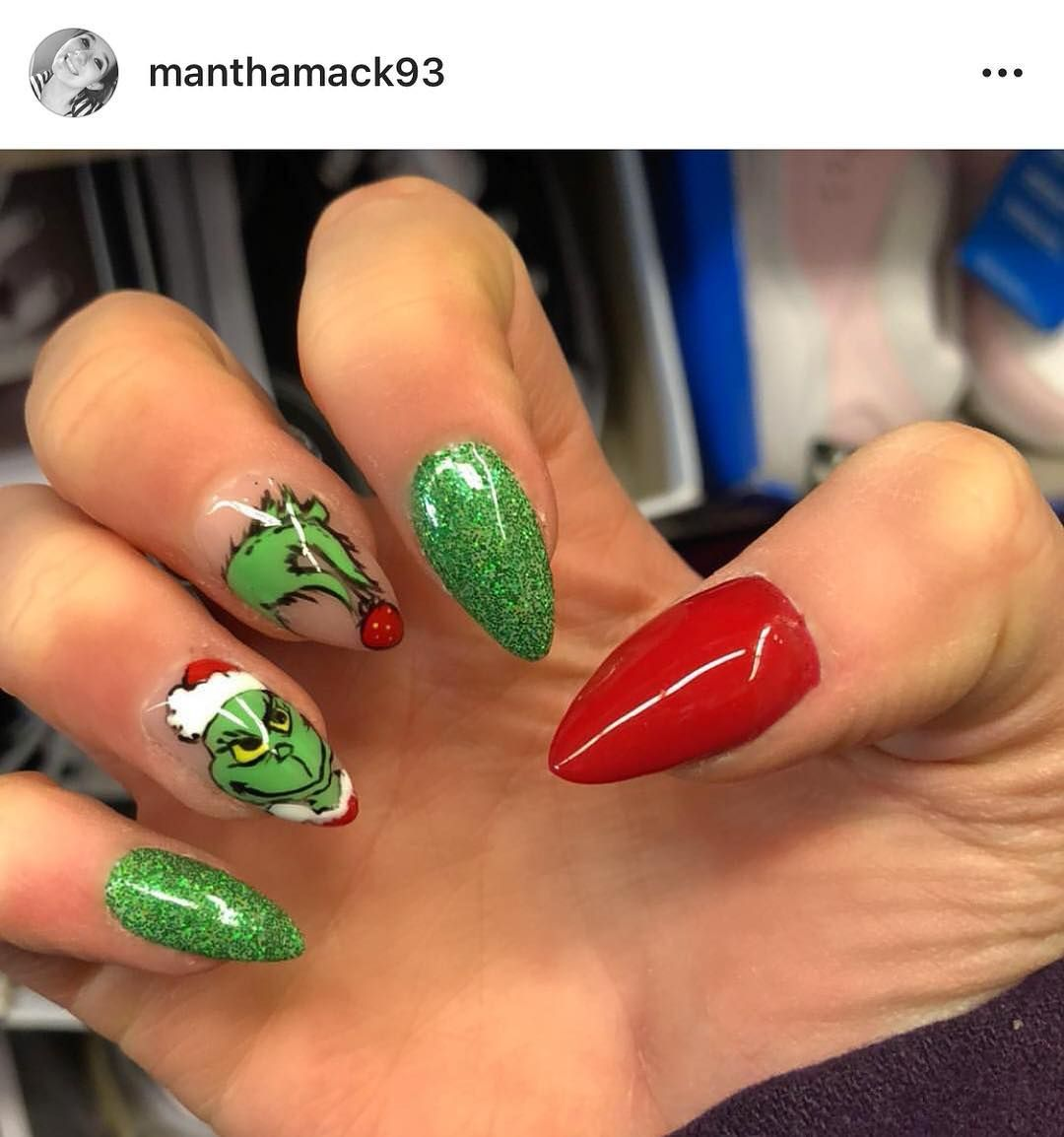 Robyn Schwartz Nail Design On Instagram Client Nailfie Of These Fun Grinch Nails From Today Th Christmas Nails Christmas Nails Acrylic Cute Christmas Nails